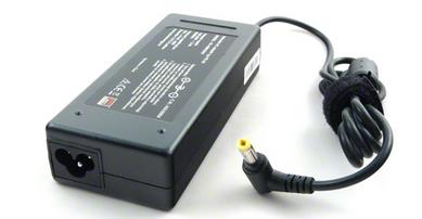 AC adaptér (nabíjačka) pre Toshiba 19V/4.74A - 90W (5,5x2,5mm) kompatibil.