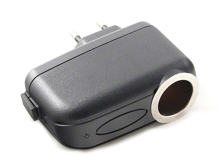 Adaptér 230V/12V pre pripojenie nabíjačky, vhodný aj pre GPS navigácie