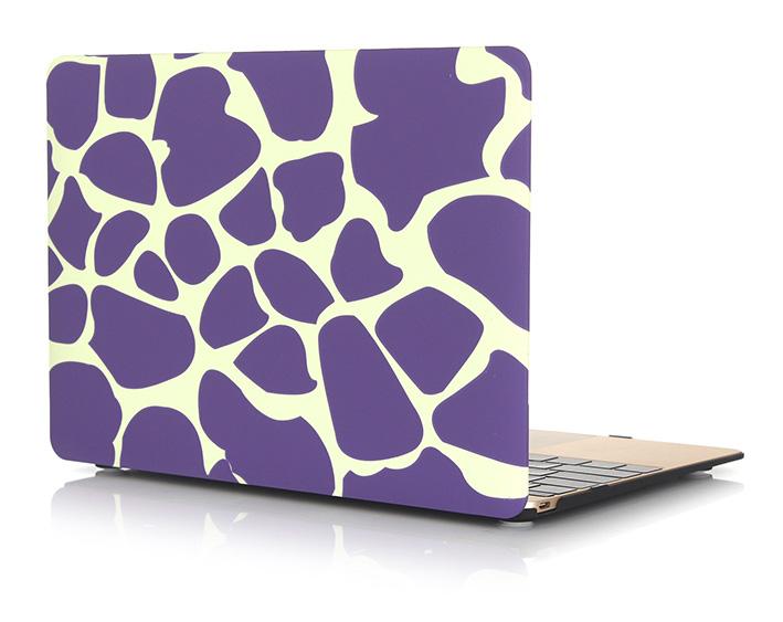 """Plastový obal na MacBook Pre Retina 13"""" Giraffe - fialový"""