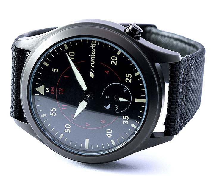 Runtastic Moment Elite - chytré hodinky